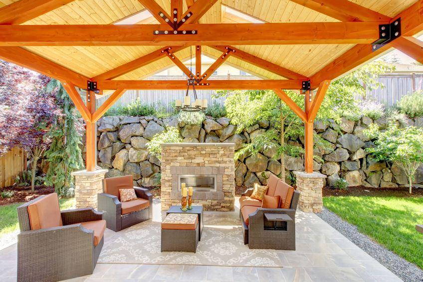 Decoraci n para jardines y porches r sticos grupo pazos - Porches para jardin ...